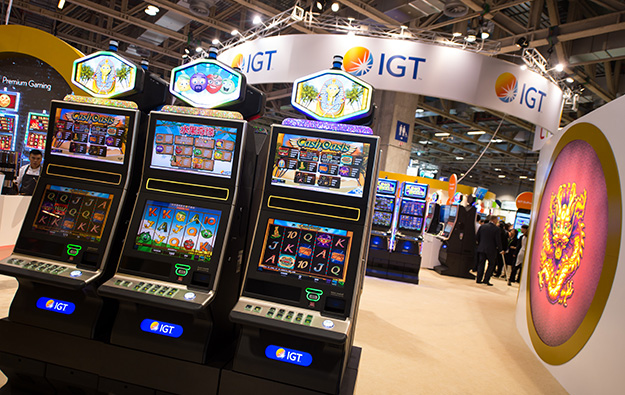 IGT's 2Q revenue down, firm posts loss