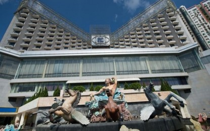 Troubled Macau hotel told to close for six months