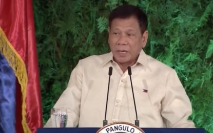 Offer online gaming if you pay the taxes: Duterte