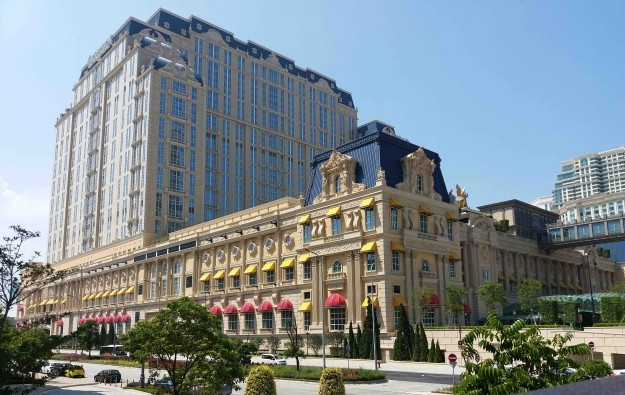 Macau weaker than hoped after Parisian open: Bernstein