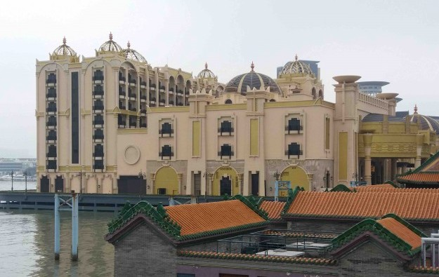 Waterfront Macau casino still closed after Typhoon Hato