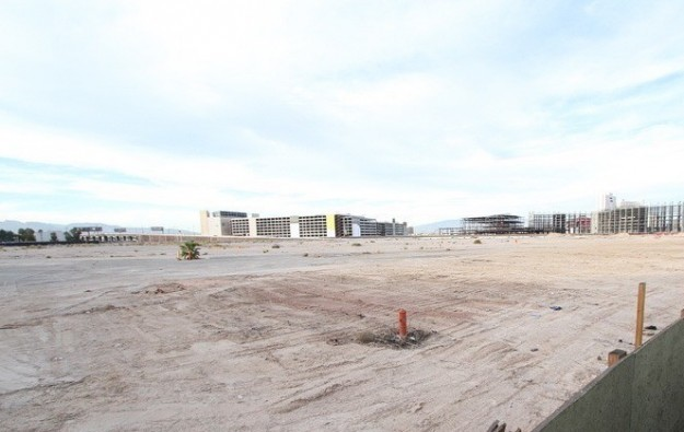 Crown Resorts completes US$300-mln Alon Vegas land sale
