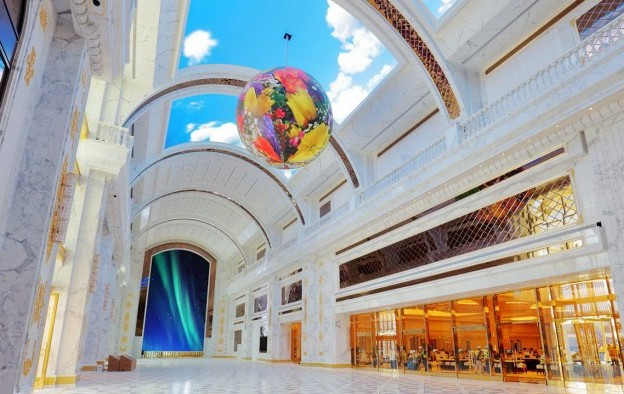 Saipan casino backer faces HK winding-up bid over bill