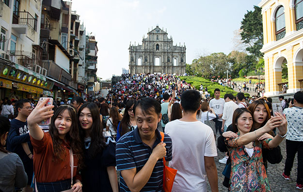 Easter tourist arrivals down 5 pct in Macau