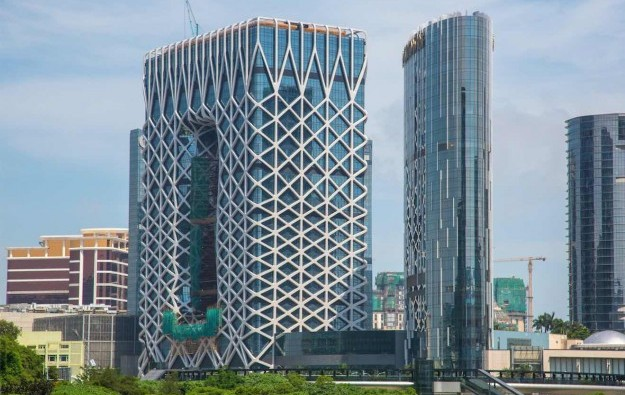 Macau govt limits some Morpheus height work after death