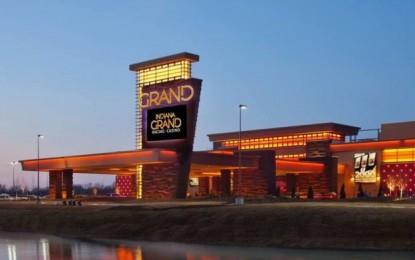 Caesars to buy U.S. casino operator Centaur for US$1.7 bln
