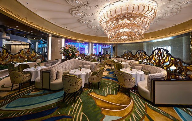 Galaxy Ent, Monaco casino op open café at Galaxy Macau