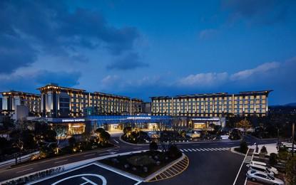 Landing Intl says 1H loss down 5pct, halts resort expansion