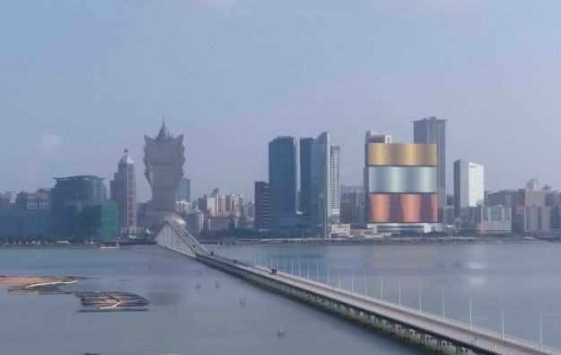 Macau April visitor tally at 11,000, down 99.7pct